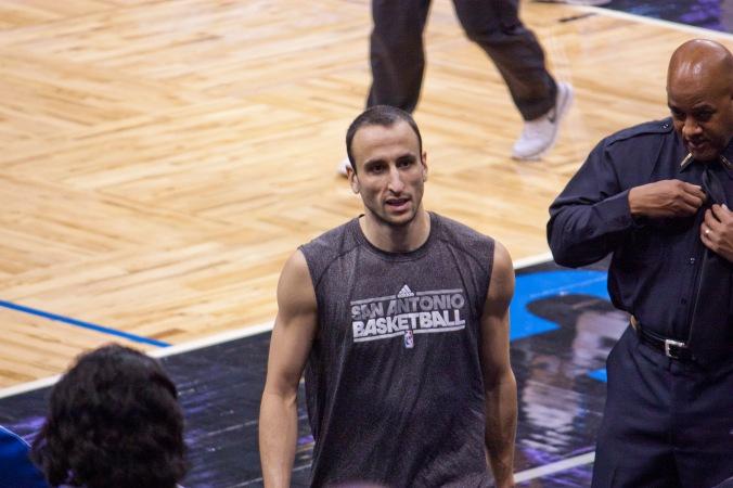 Manu_Ginobili_Spurs-Magic011